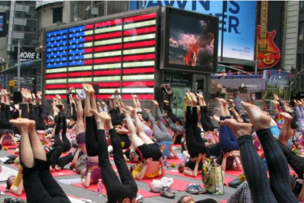 348665-times-square-yoga-afp